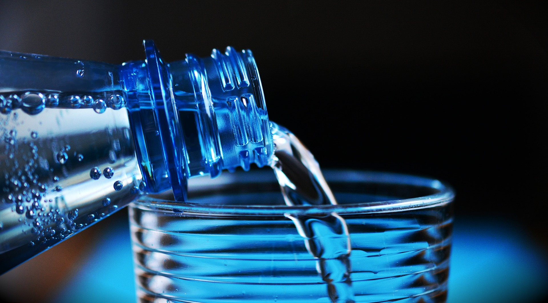 Z vodo nad okužbe sečil