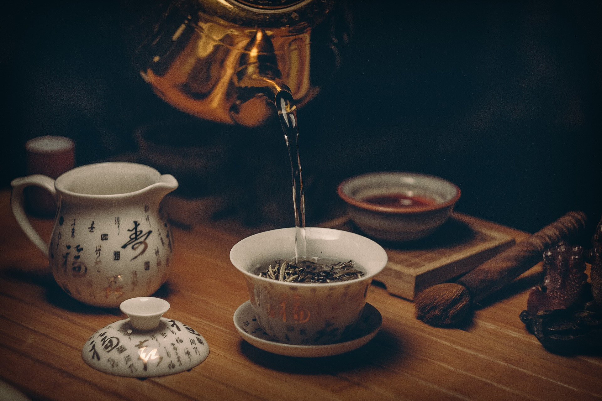 Tudi s črnim čajem do boljše postave
