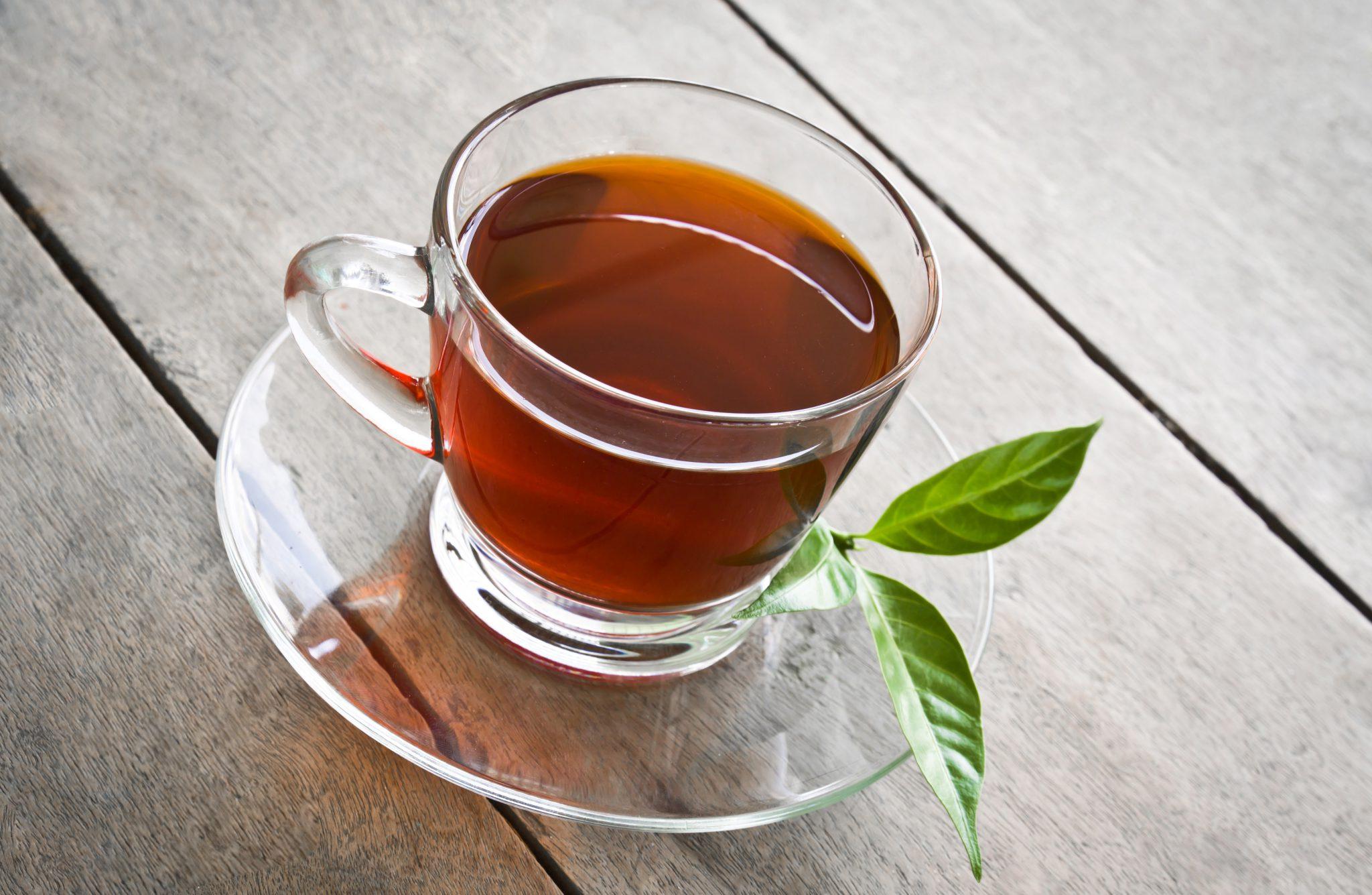 Antihipertenzivne lastnosti zelenega in črnega čaja